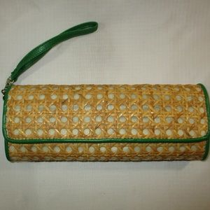 Green Vinyl Straw Lattice Wristlet Purse